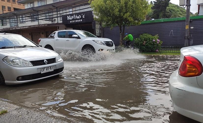 ¡Auténticos chubascos! 170% han aumentado las lluvias en Los Lagos